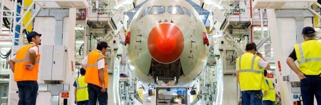 aeronautique  FAL dock  A350_XWB-MSN1_FAL_section_11_transfer